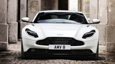 Aston Martin DB11 V8 - front
