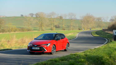 Toyota Corolla hybrid 2019 review - nose