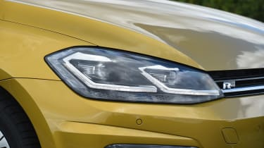 VW Golf - headlight