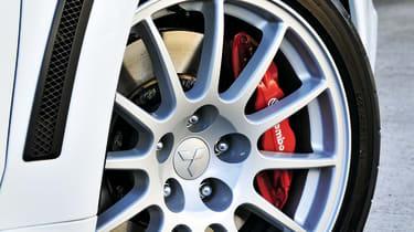 Mitsubishi Lancer Evolution X  wheel