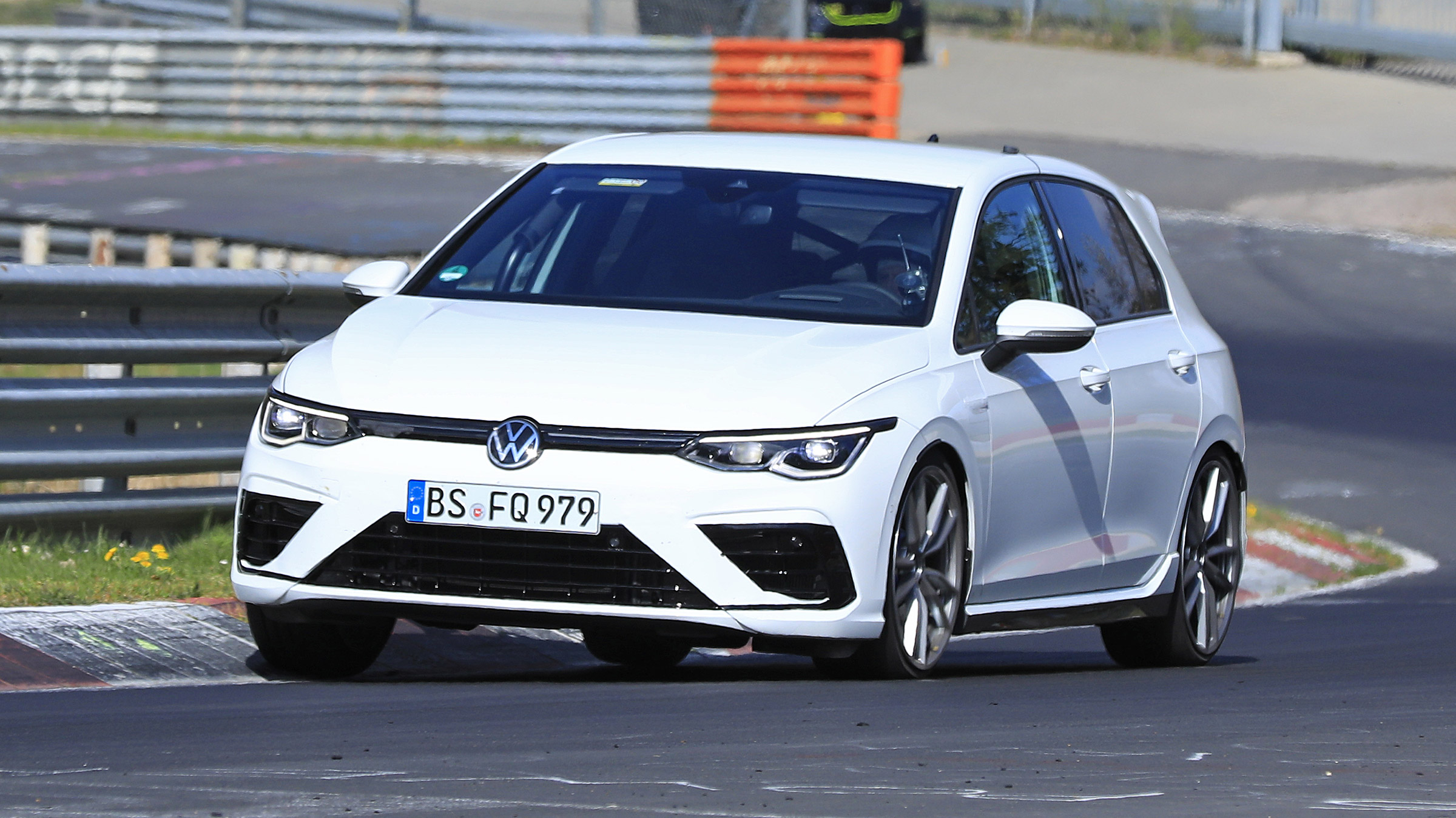 2020 Volkswagen Golf R Mk8 spied at the 'Ring