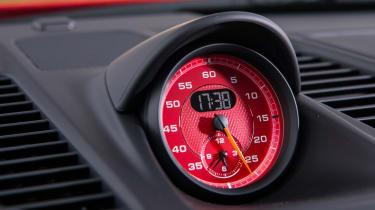 Porsche 911 GT3 - Sport Chrono clock