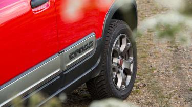 Fiat Panda Cross - Side cladding