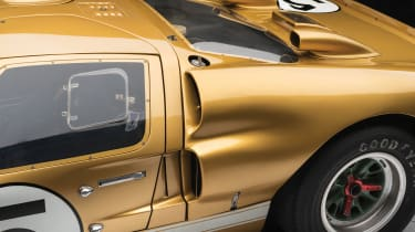 Ford GT40 – side pods