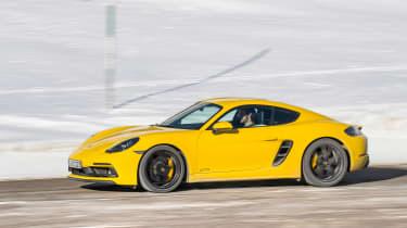 Porsche 718 Cayman GTS - Side