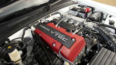 Honda S2000 engine