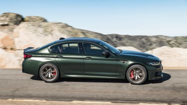 BMW M5 CS - pan