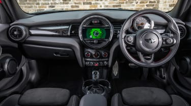 MY18 Mini Cooper hatch - dash
