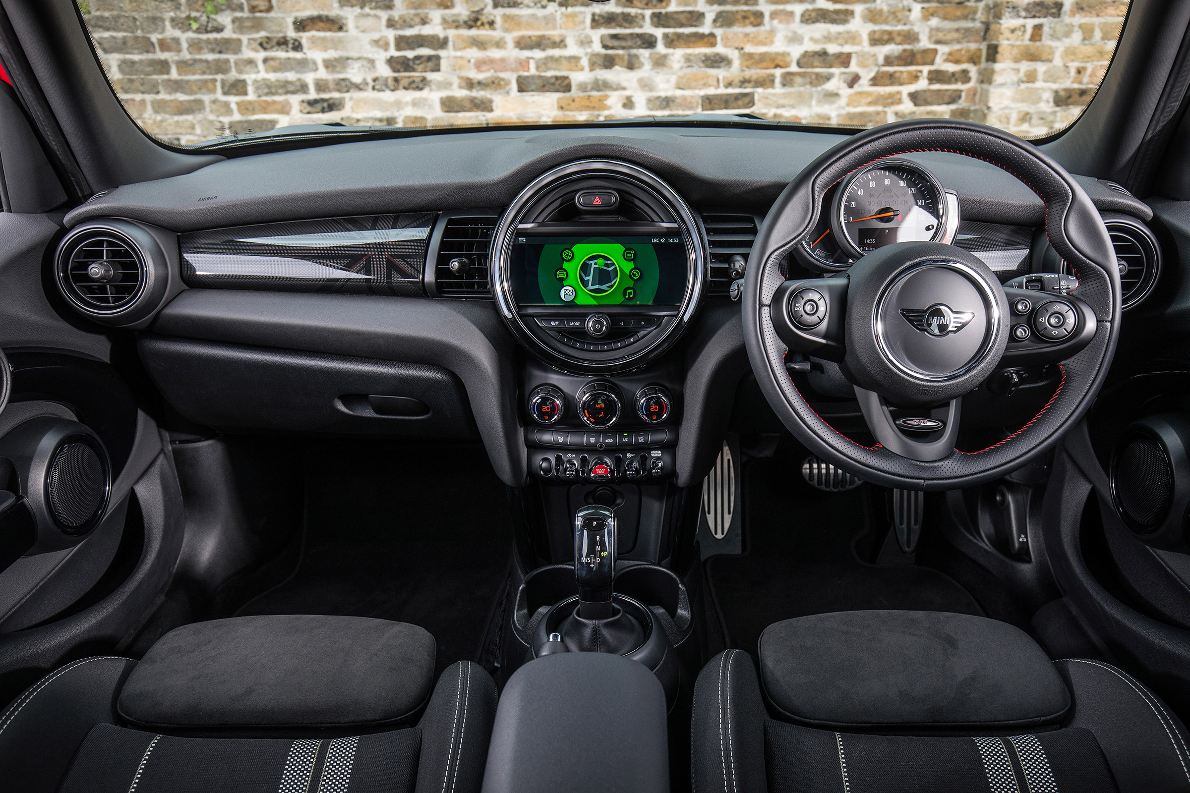 Mini Cooper Interior >> 2019 Mini Cooper Review Retro Supermini As Polished As