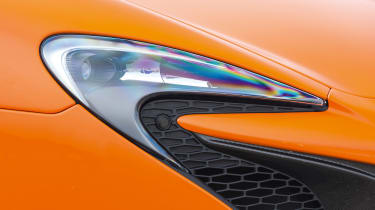 McLaren 650S Spider – headlight