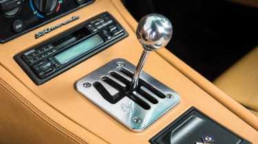 Ferrari 550 Maranello gear stick