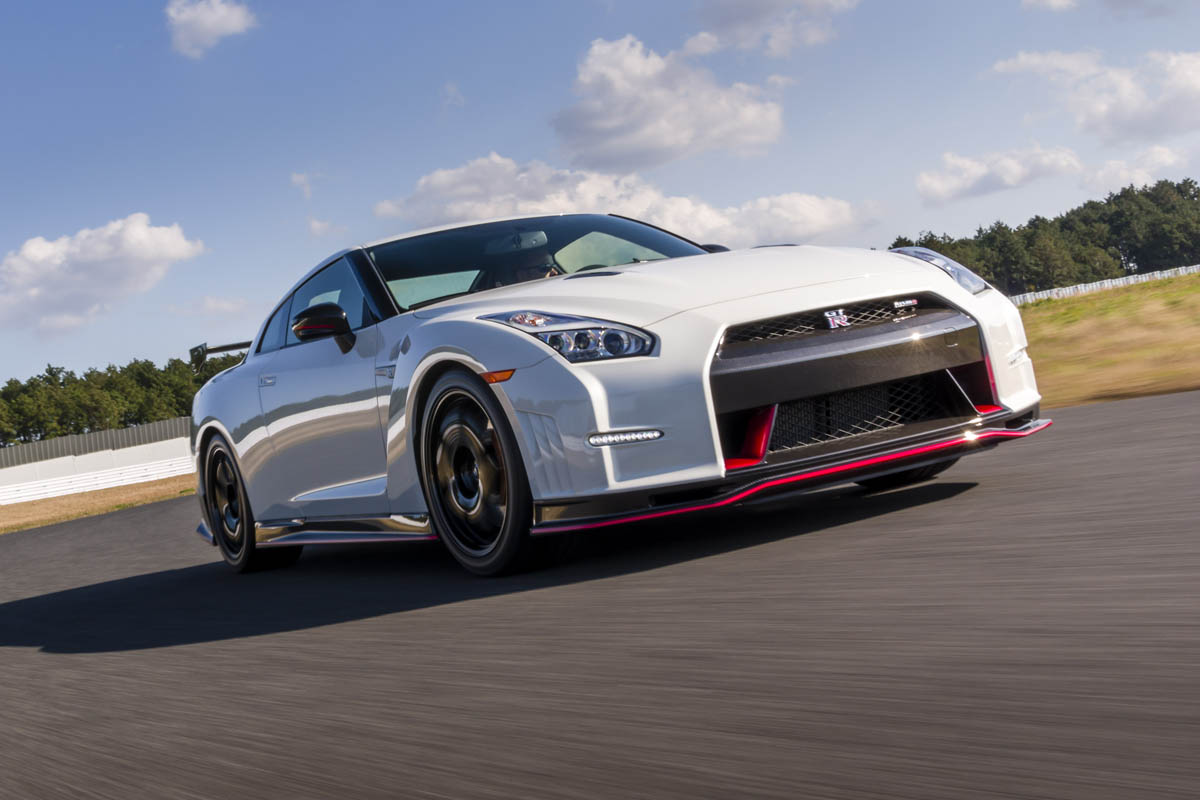 Nissan Gt R Nismo Review Price Specs And 0 60 Time Evo