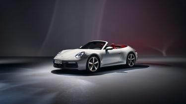 Porsche 911 Carrera - front quarter