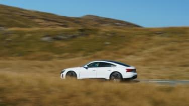 Audi e-tron GT quattro – pan
