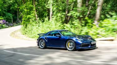 Porsche 911 Turbo S Cabriolet – front conering