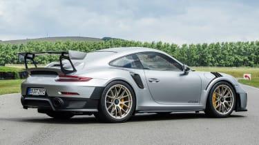 Porsche 911 GT2 RS - 991.2 rear