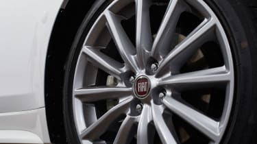 Fiat 124 Spider - Wheel
