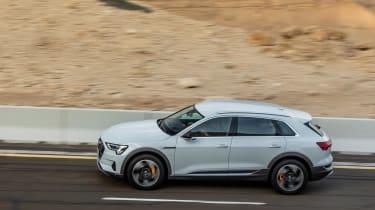 Audi e-tron 2019 road
