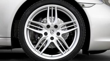 Porsche 911 Carrera 4 alloy wheel