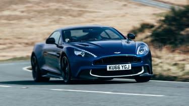 Aston Martin Vanquish S - front quarter