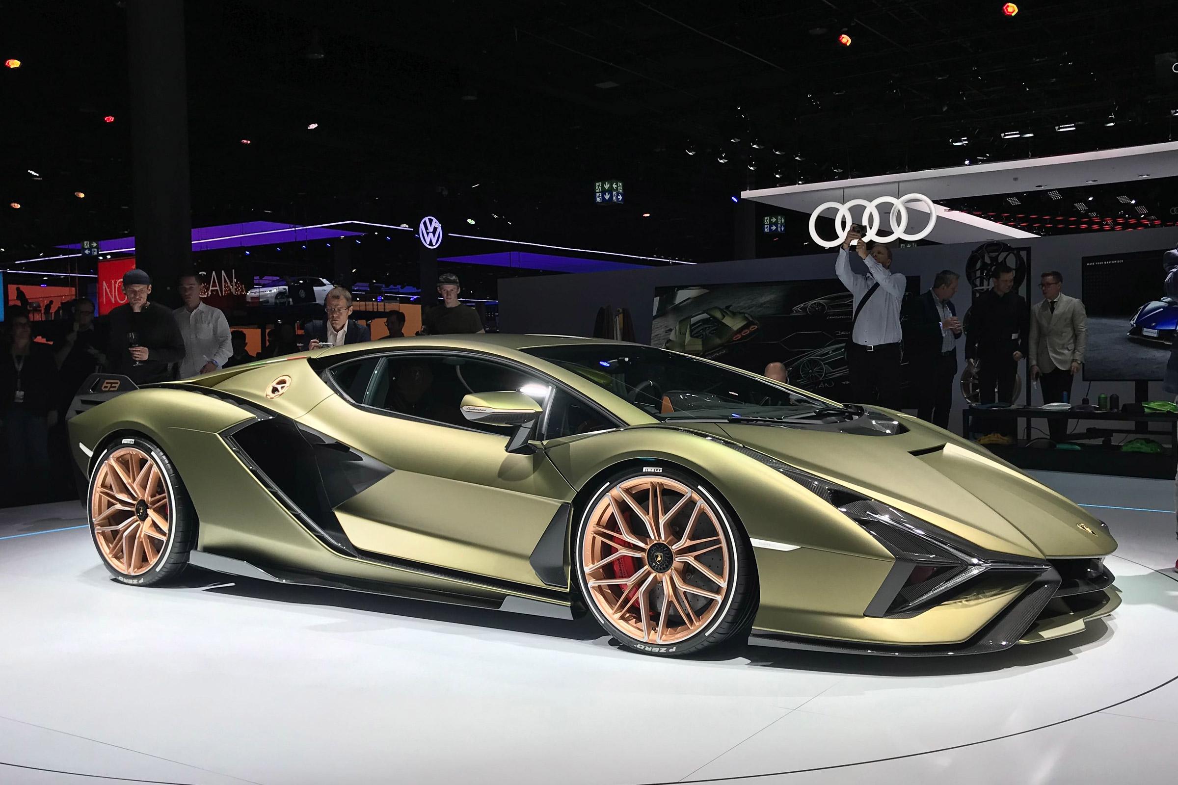 New Lamborghini Sian Most Powerful Lambo Yet Makes Frankfurt Debut Evo