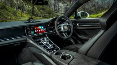 Porsche Panamera GTS MY21 interior
