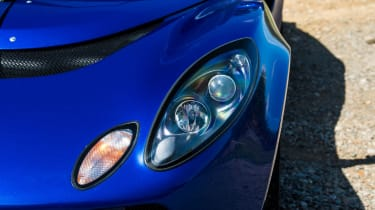 Lotus Exige S (S2) - headlight