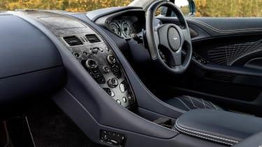 Aston Martin Vanquish S - interior