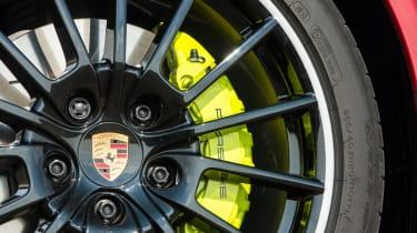Porsche Panamera S E-Hybrid alloy wheel green brakes