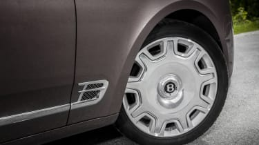 Bentley Mulsanne - wheel