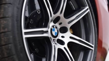 BMW M6 Competition Package alloy wheel carbon brakes