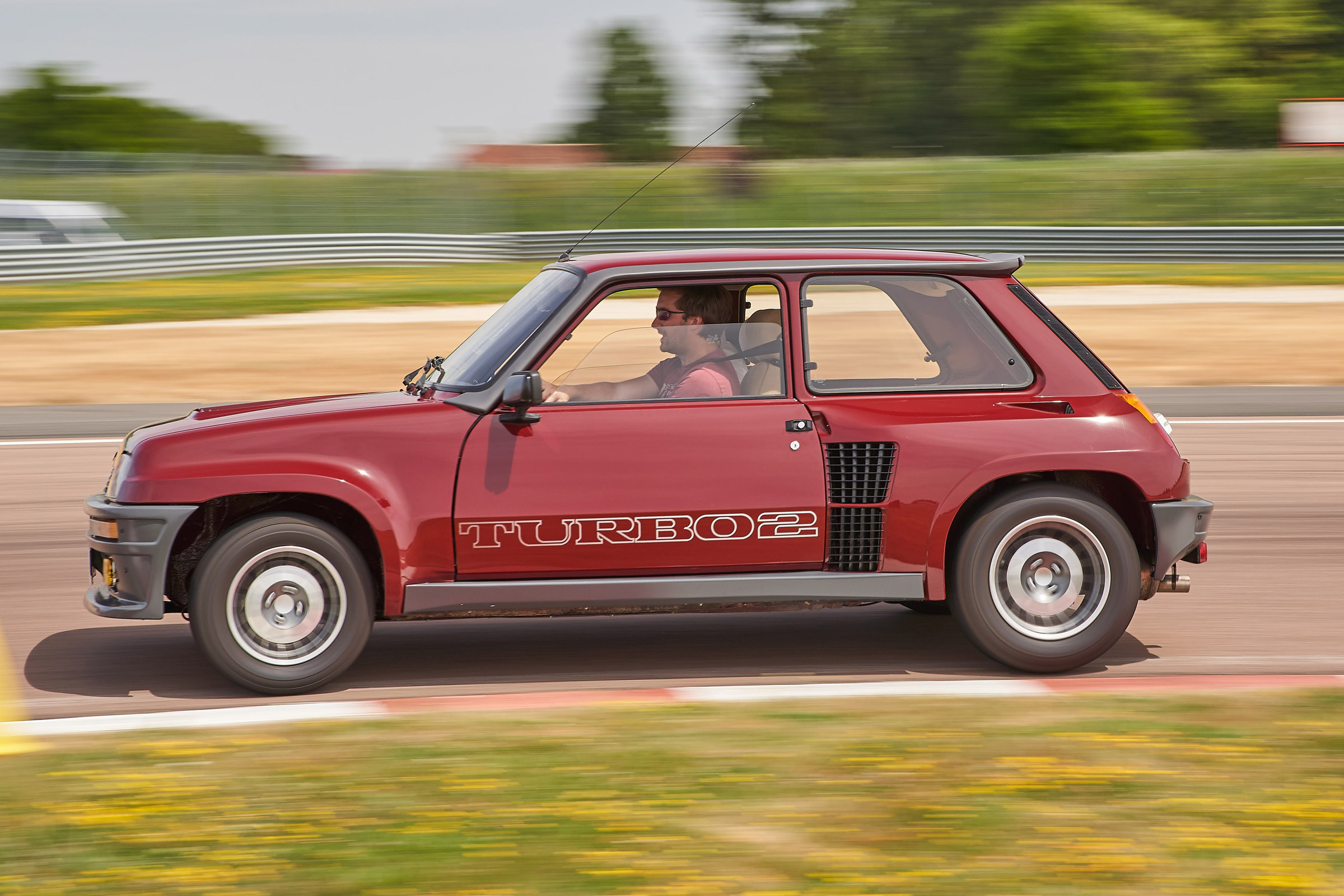Renault 5 Turbo Review History Prices And Specs Evo