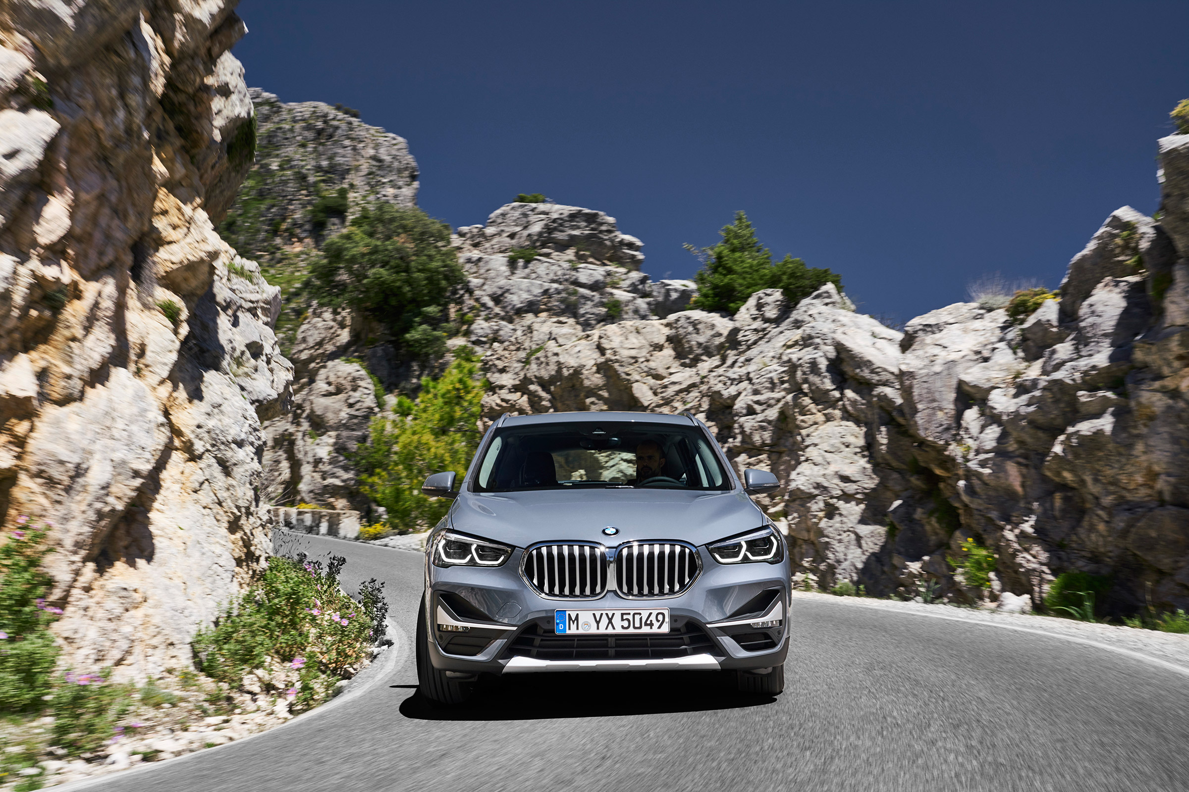 2020 BMW X1: Mid-update, Changes, Release >> 2019 Bmw X1 Facelift Revealed Mid Cycle Update For Audi Q3 Rival Evo