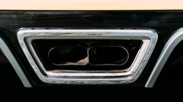 VW GTI TCR vs Megane RS Trophy - exhaust