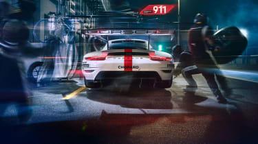 Porsche 911 RSR - rear