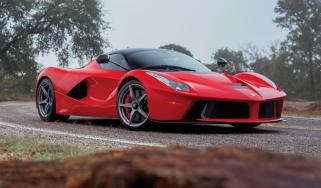 Ferrari LaFerrari  – front quarter