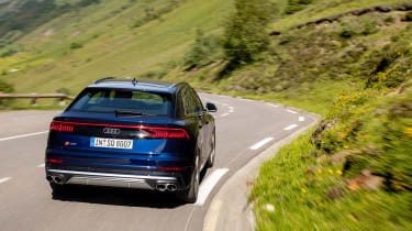 Audi SQ8 TDI review - rea