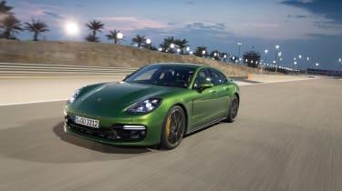 Porsche Panamera GTS - nose
