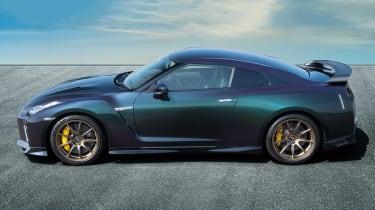 MY22 Nissan GT-R T-spec – profile