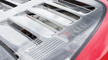 Ferrari F40 - Rear screen