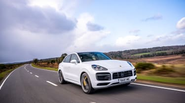 Porsche Cayenne Coupe Turbo – tracking