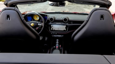 Ferrari Portofino - dash