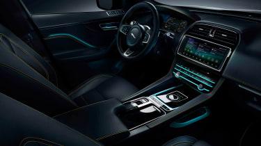 Jaguar F-Pace 300 Sport - dash