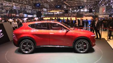 Alfa Romeo Tonale - side