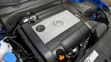VW Golf R engine