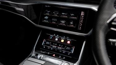 Audi A7 Sportback TDI centre console