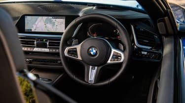 BMW Z4 20i - interior