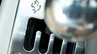 Ferrari 360 Modena gearknob