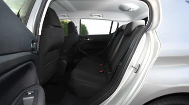 Peugeot 308 66 rear seats