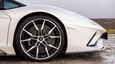 Pirelli winter tyres campaign - Aventador
